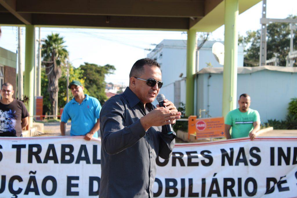 Antonio Cordeiro, em assembleia na Eucatex, foi reeleito presidente do sindicato