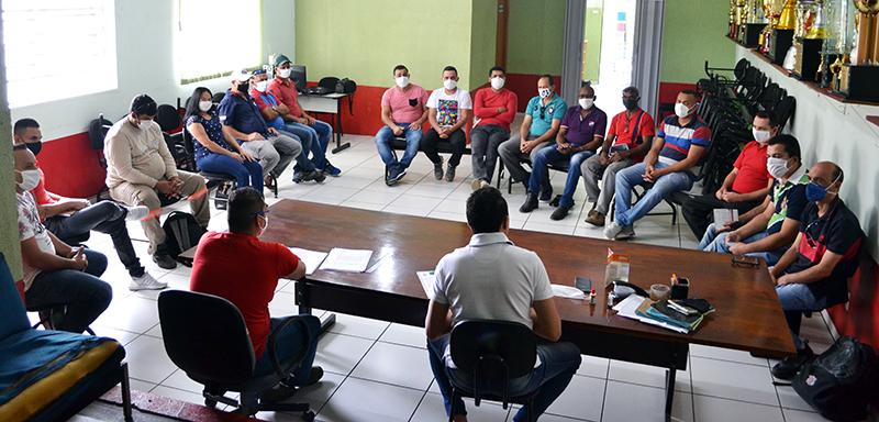 Read more about the article Trabalhadores saltenses também são castigados com suspensão de contratos e redução de salários