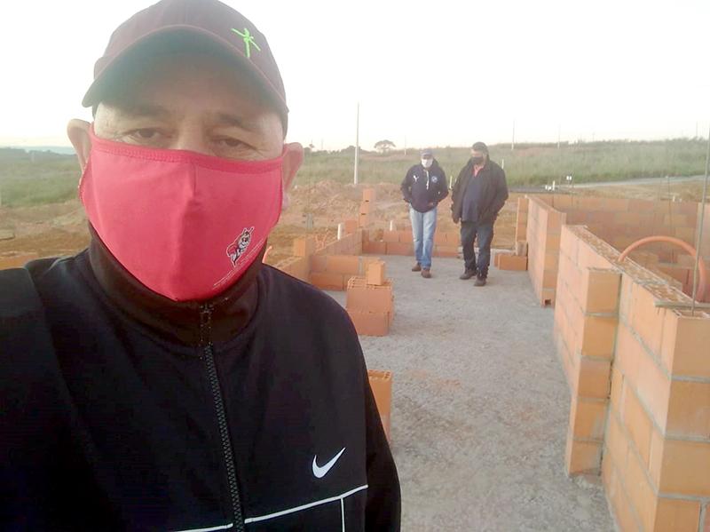 Read more about the article Diretores do Sindicato fazem nova vistoria em alojamento dos trabalhadores no Jardim América