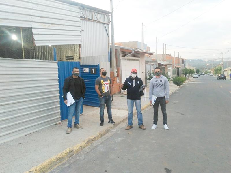 Read more about the article Diretores visitam base para sindicalizar mais trabalhadores e fortalecer a luta
