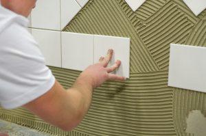 Sindicato procura azuleijista e pintor com experiência para construtora