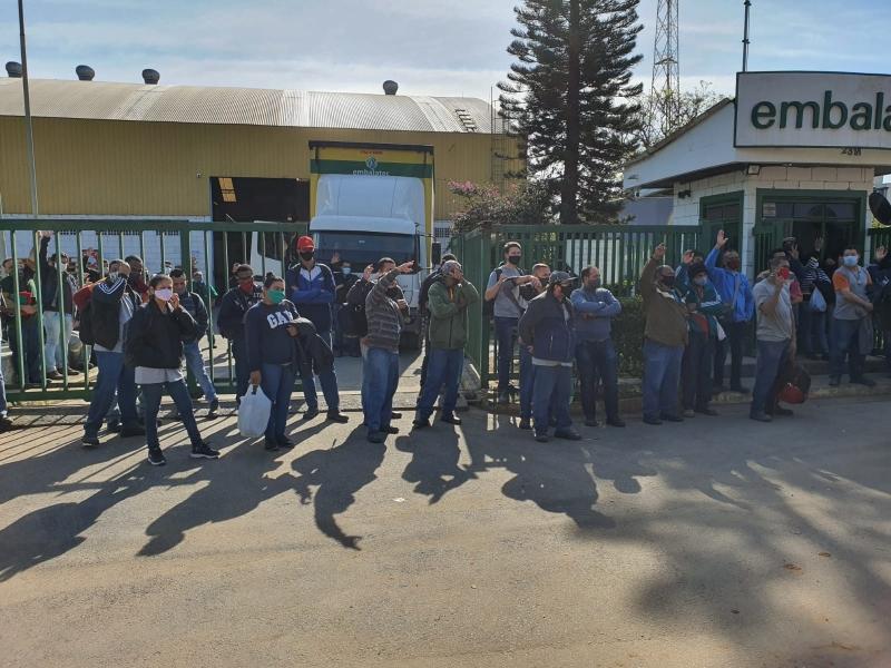 Sindicato conquista 9,22% de aumento para trabalhadores da Embalatec